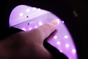 Czy lampy UV LED do paznokci szkodzą zdrowiu?