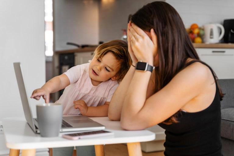 Jak pracować z domu, żeby nie zwariować?