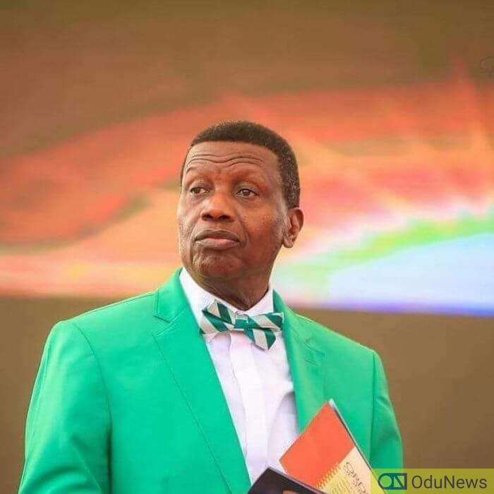 'Twitter Feminists' Bash Pastor Adeboye Over Wife's Submissiveness
