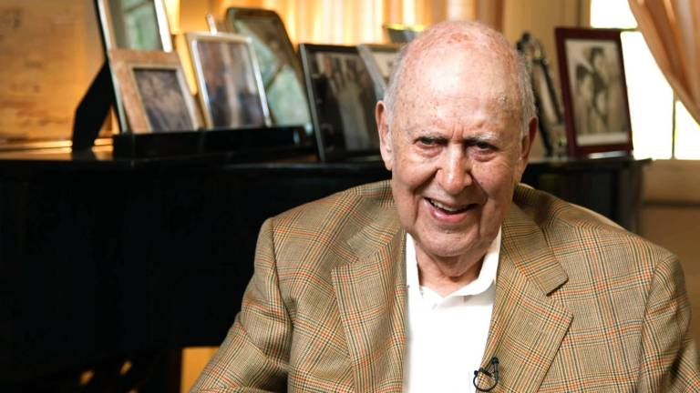 Legendary Hollywood Comedian Carl Reiner Dead At 98, Anne Hathaway Says Director Christopher Nolan Hates Chairs On Set & Netflix Sued For 'Sherlock Holmes' Movie