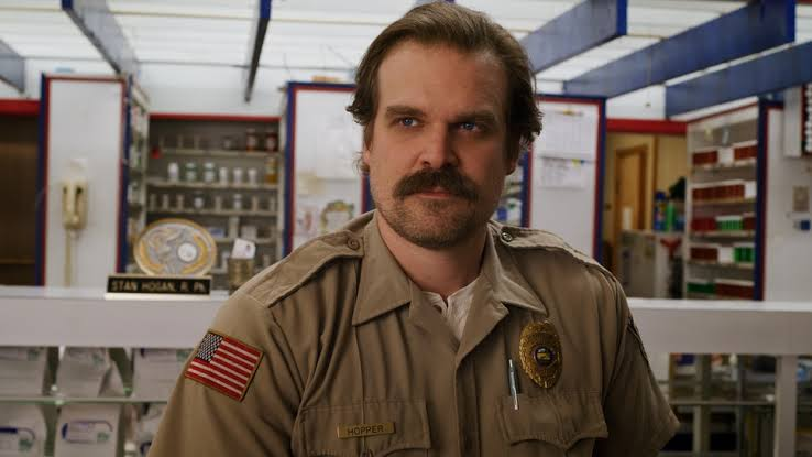 David Harbour as Jim Hopper in STRANGER THINGS Season 3
