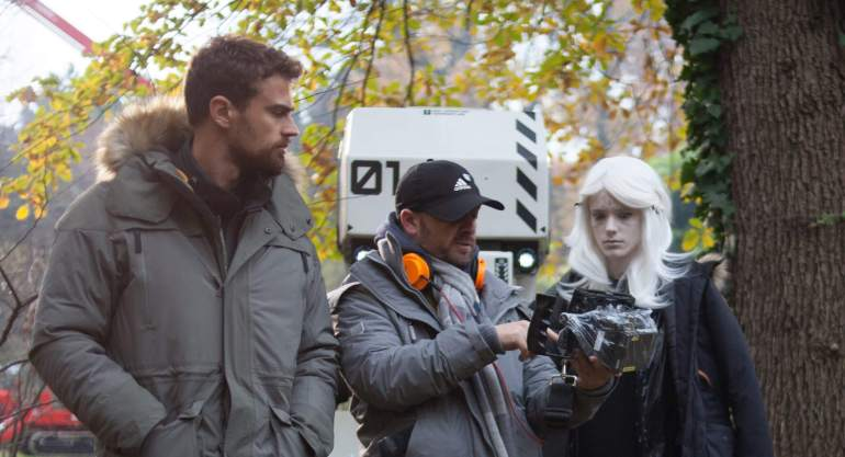 From left: Theo James, director Gavin Rothery, and Stacy Martin on the set of ARCHIVE