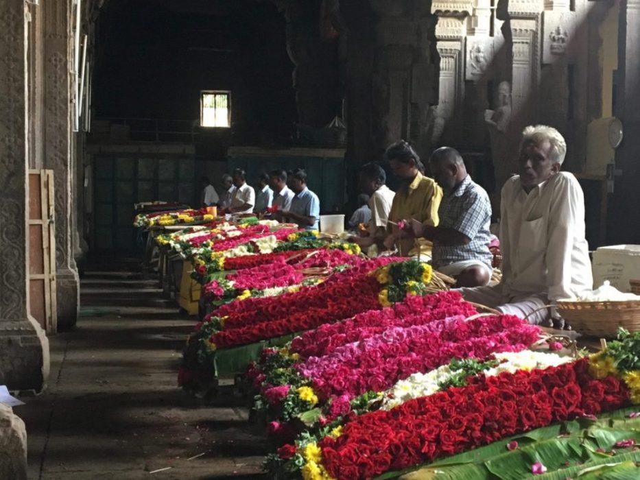 temple flower vendors