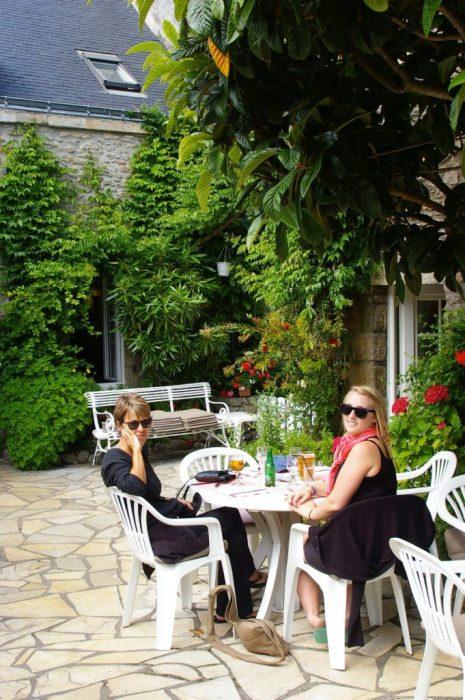 quaint courtyard cafe
