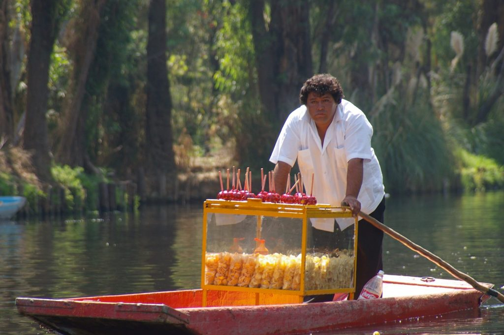 canal vendors