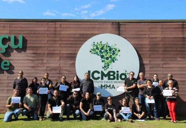 Servidores lotados no Parque Nacional do Iguaçu, no Paraná, protestam contra indicação de Cairo Tavares para o comando do ICMBio. Foto: Divulgação