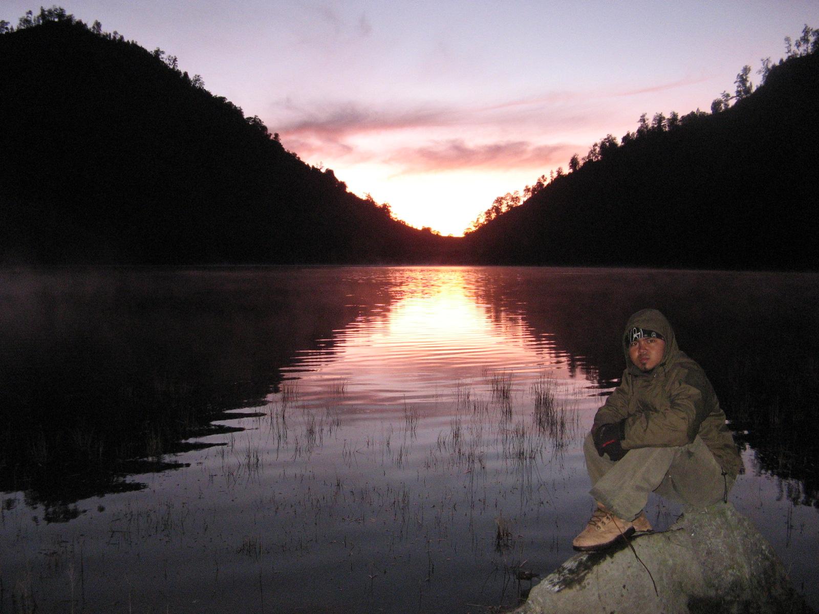 sunrise-ranu-kumbolo