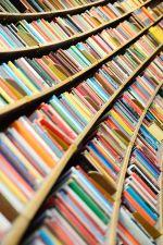 blog_shelvesofbooks