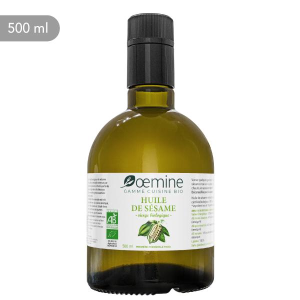 Pure huile biologique de sésame.