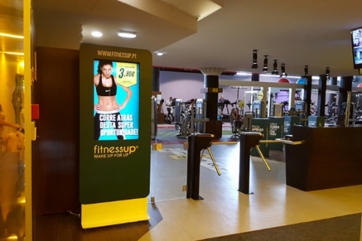 A benefit of the presence of digital signage in gyms is that the content can be customizable