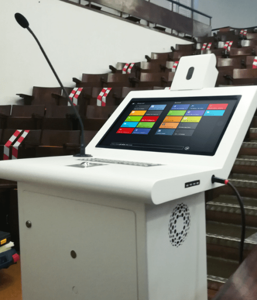 Faculty of Medicine of the University of Lisbon innovates auditoriums with PARTTEAM & OEMKIOSKS digital pulpits