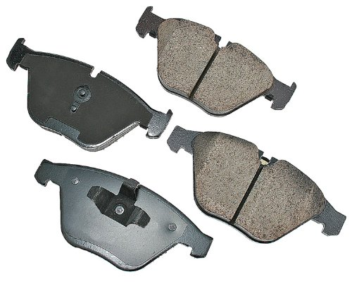 Akebono EUR918A EURO Ultra-Premium Ceramic Front Brake Pad Set For 2008-2010 BMW 328