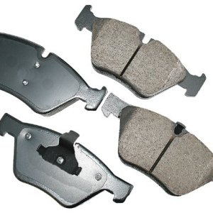 Akebono EUR1061 EURO Ultra-Premium Ceramic Brake Pad Set