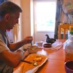 avec une de nos poulette malade, au petit déjeuner !