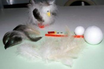 Un kit pour réaliser votre Pilou en plumes naturelles (loisir créatif).