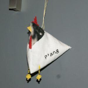 cocotte en tissu représentant P'Ang