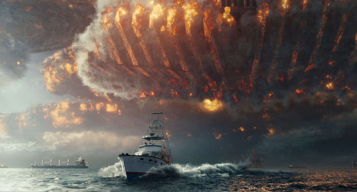 Independence Day: Resurgence is a regurgitated mess of sci-fi epic