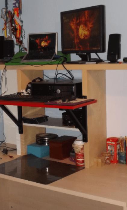ikea-shelf-on-hacked-hutch