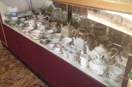 Daily Bread tea service
