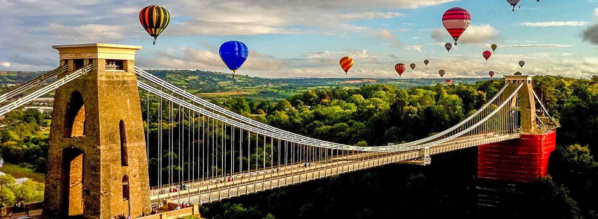 Zboruri Bristol – de la 36 EUR pe sens, 67 EUR dus-intors