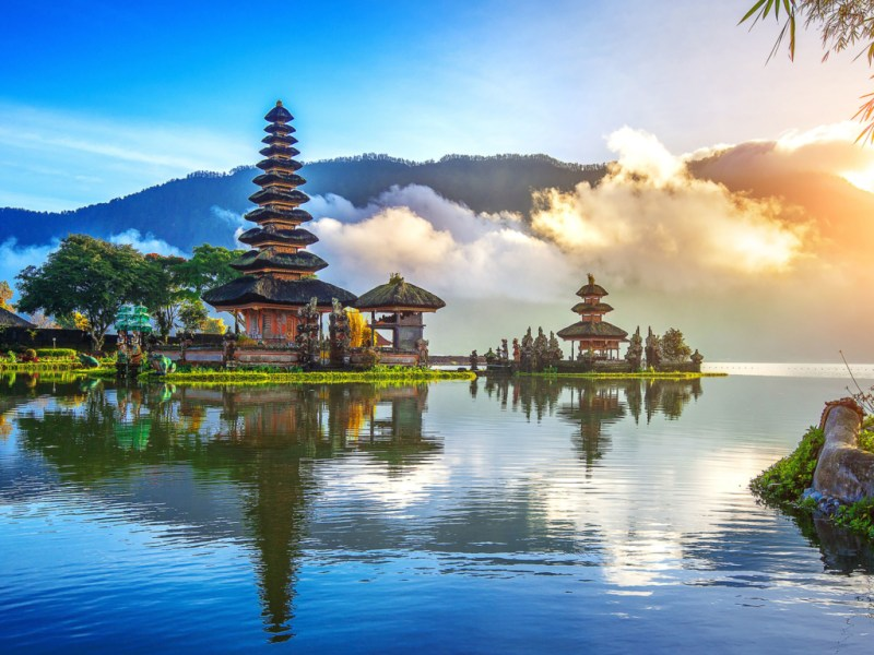 Zboruri Bucuresti – Bali – 481 EUR (dus-intors) – Aprilie – Noiembrie 2021
