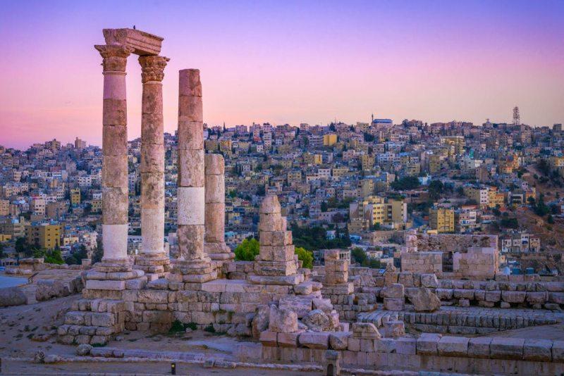 Zboruri Amman, Iordania – de la 57 EUR dus-intors