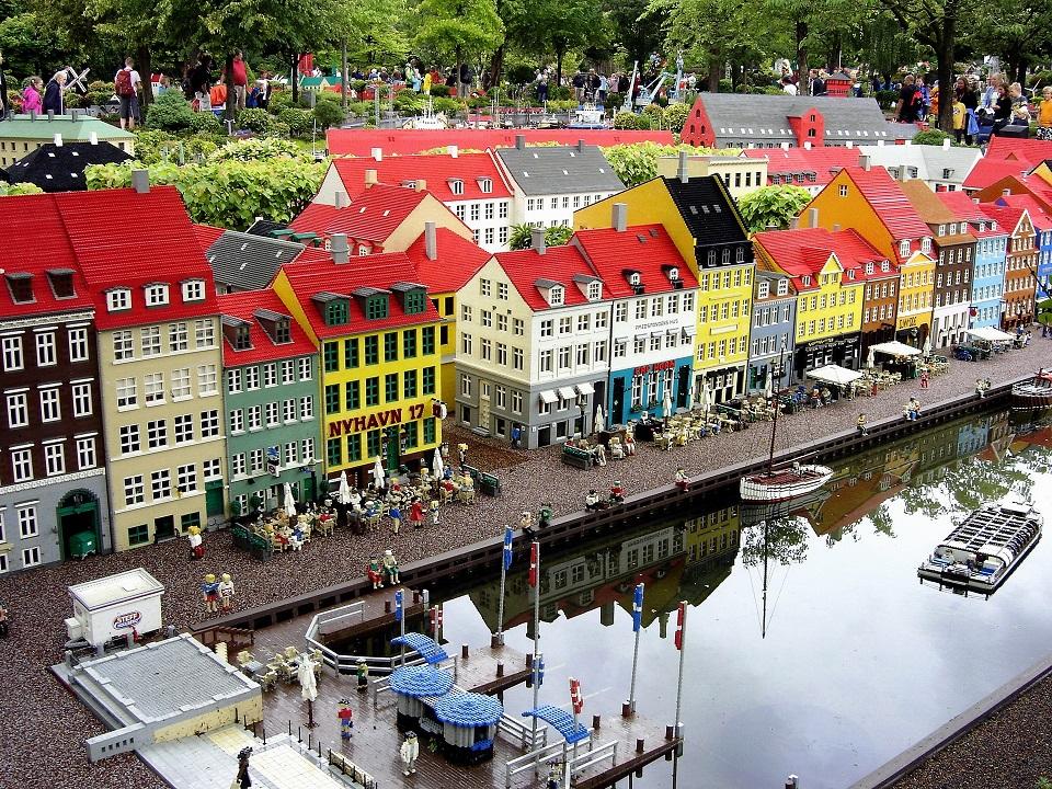 Zboruri ieftine catre Billund, Danemarca, 77 euro (dus-intors)