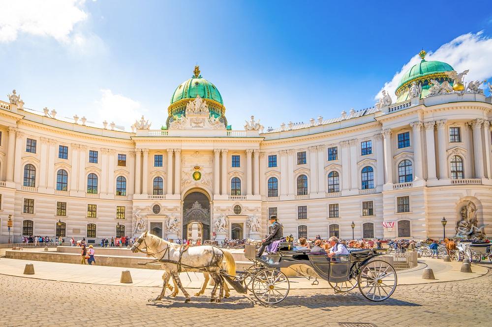 Weekend prelungit in Viena, Austria, doar 79 euro (zbor si cazare 3 nopti)