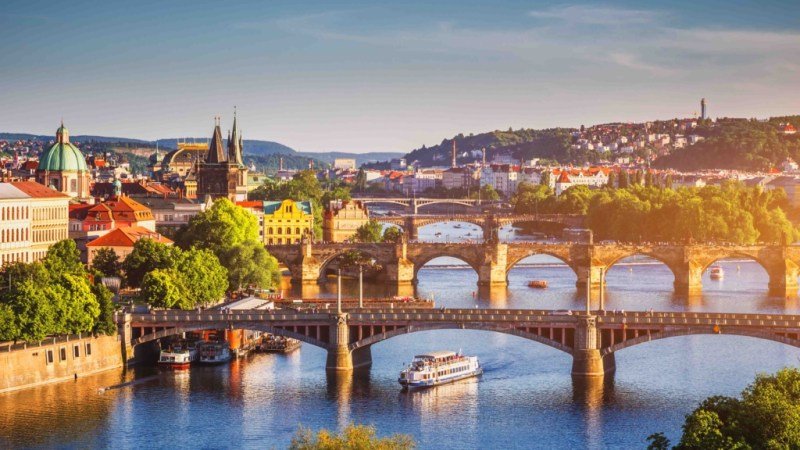 Super pret pentru o vacanta in Praga (Cehia), 71 euro! ( zbor + cazare 3 nopti)