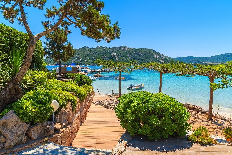 Vacanta de o saptamana in Corsica (Franta), 325 euro! (zbor + cazare)!