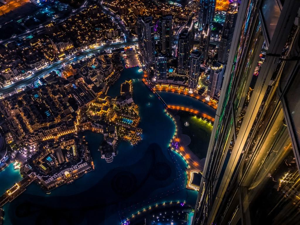 Super vacanta in Dubai! 208 euro (zbor + cazare 7 nopti)