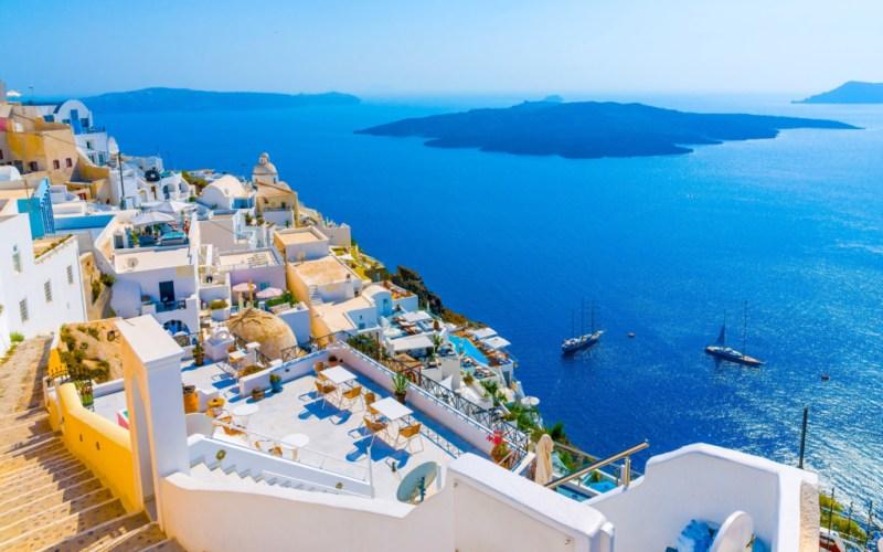 O saptamana in Santorini, Grecia, doar 142 euro (zbor + cazare)!!!
