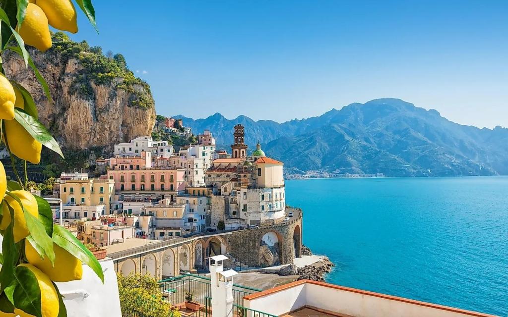 Vacanta pe Coasta Amalfi (Italia), 289 euro! (zbor + cazare 7 nopti)!