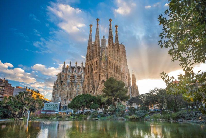 Vacanta in Barcelona, Spania, doar 124 euro (zbor + cazare 3 nopti)!!