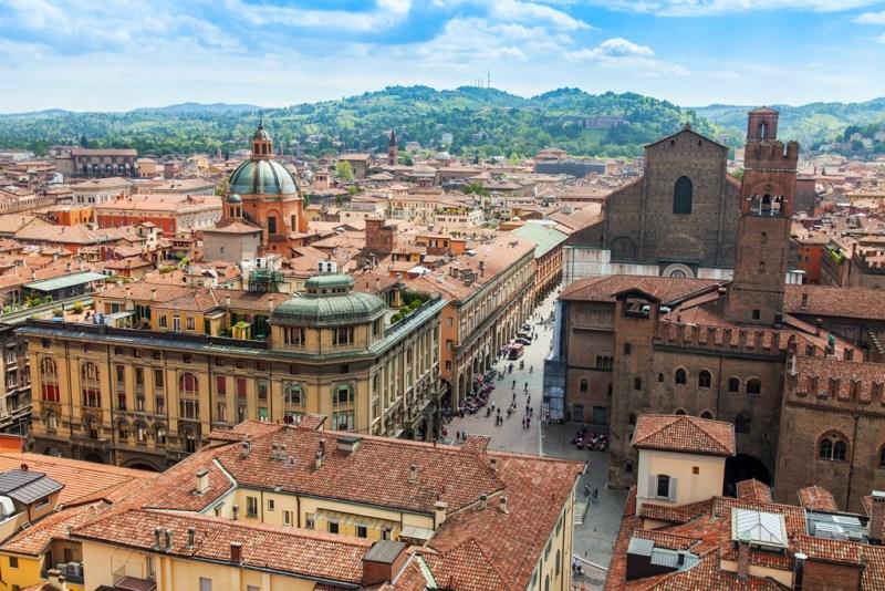 City Break in Bologna, Italia, 88 euro (zbor si cazare 3 nopti)