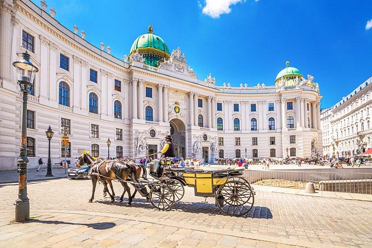 Weekend prelungit in Viena, Austria, doar 78 euro (zbor si cazare 3 nopti)