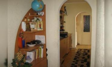 VAND URGENT apartament 3 camere decomandat