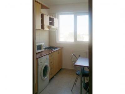 Proprietar inchiez apartament 2 camere in zona Dorobanti