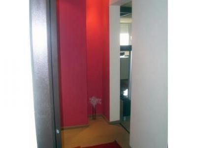 Vand apartament 2 camere modern utilat si mobilat.Zona Campia Libertatii -, bloc reabilitat termic.Termopane, usa metalica, interfon, gresie,apometre, marmura, telefon, cablu internet, tv, etaj 7 din 10, zona f. linistita.