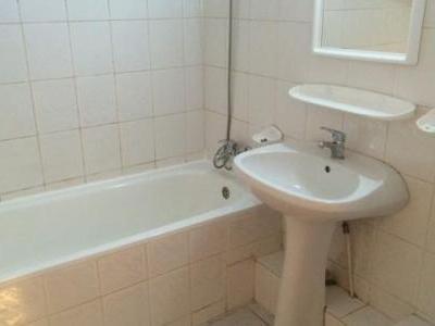 Inchiriez apartament 2 camere confort 1 decomandat