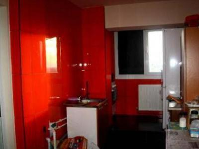 Garsoniera transformata in apartament cu 2 camere, semidecomandat, confort 1,Ploiesti Nord, strada Cameliei