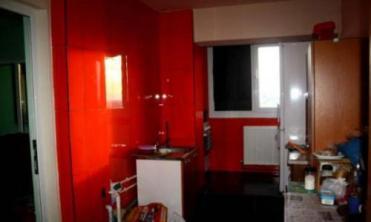 Garsoniera transformata in apartament cu 2 camere