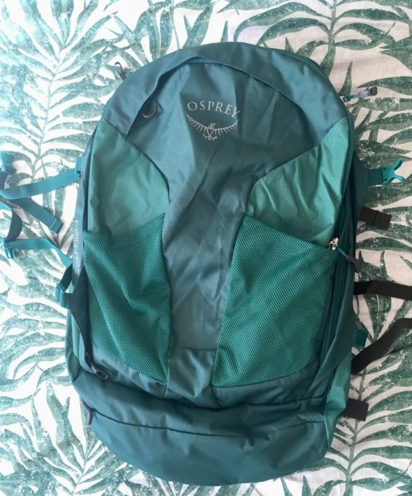 Carry on suitcase osprey fairview 40L backpack great for packing in a carry on
