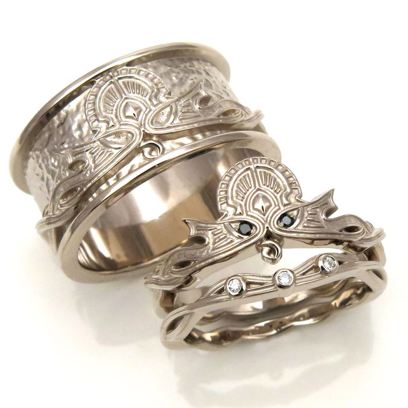 DUDE, how intense is this Cthulhu Wedding Ring Set from Etsy seller SwankMetalsmithing?!