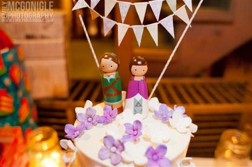 zela-link-cake-toppers
