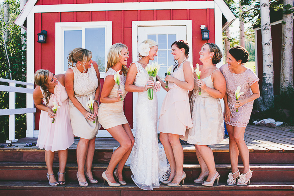 It's easy to be all smiles when you're not worried about your wedding photos.