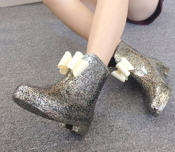 Perfect boots for a wedding day!
