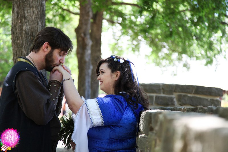 Details at a Renaissance faire wedding that you won't see at any other as seen on @offbeatbride