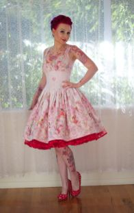 PixiePocket Rockabilly 1950s wedding dresses on offbeat bride (9)