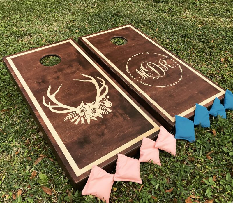 Wedding lawn games for outdoor wedding fun as seen on @offbeatbride #lawngames